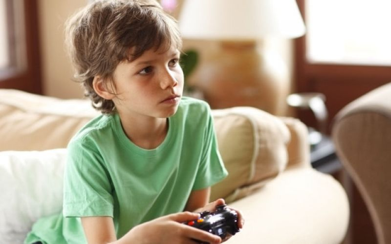 Electronic games - Pleasant surprises and traps for our children