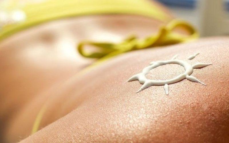 A homemade sunscreen