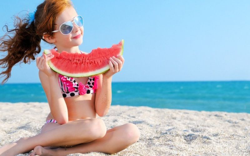 Children on the Beach: What to Watch for Parents