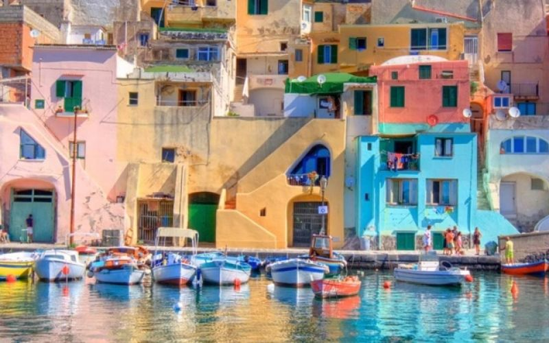 Visiting the stunning island of Capri in Italy
