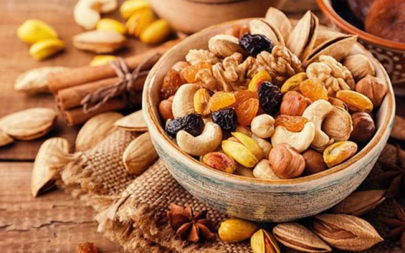 Lose Weight with Nuts