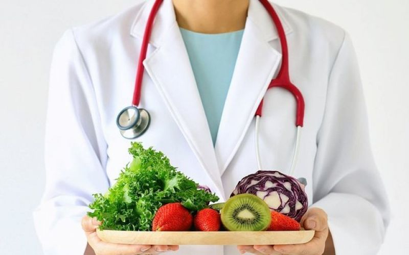 A holistic approach to weight control, by the use of detoxification, nutrition and psychology